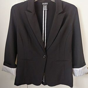 Soho Apparel Black Blazer